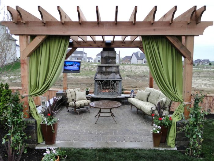 Houston-Pasadena TX Landscape Designs & Outdoor Living Areas-We offer Landscape Design, Outdoor Patios & Pergolas, Outdoor Living Spaces, Stonescapes, Residential & Commercial Landscaping, Irrigation Installation & Repairs, Drainage Systems, Landscape Lighting, Outdoor Living Spaces, Tree Service, Lawn Service, and more.