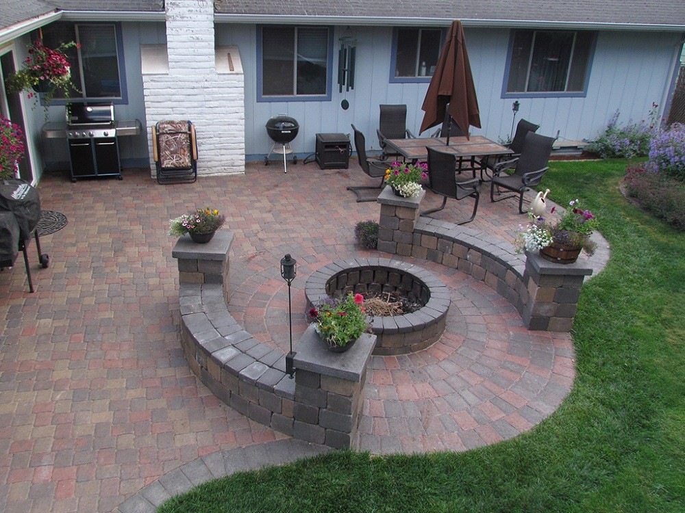 Stonescapes-Pasadena TX Landscape Designs & Outdoor Living Areas-We offer Landscape Design, Outdoor Patios & Pergolas, Outdoor Living Spaces, Stonescapes, Residential & Commercial Landscaping, Irrigation Installation & Repairs, Drainage Systems, Landscape Lighting, Outdoor Living Spaces, Tree Service, Lawn Service, and more.